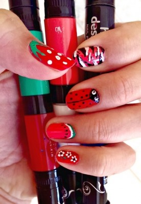 HOT DESIGNS - 2-IN-1 NAIL ART PEN