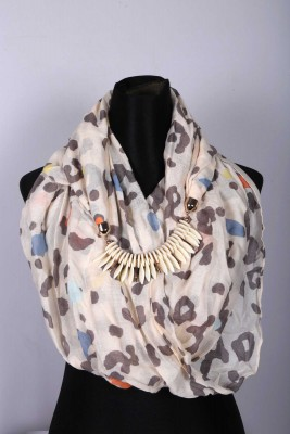 Ladies Hijab/Scarf with Pendant