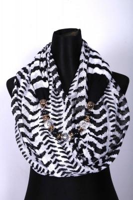 Ladies Hijab/Scarf with Pendant