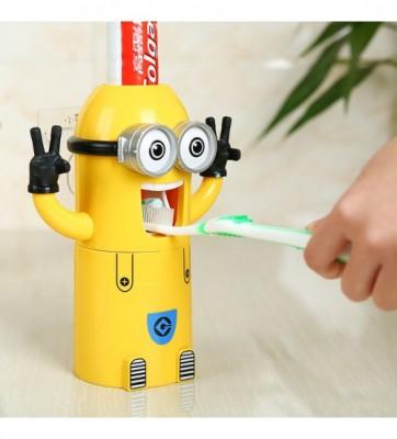 Minions Toothpaste Dispenser Kit-C: 0116